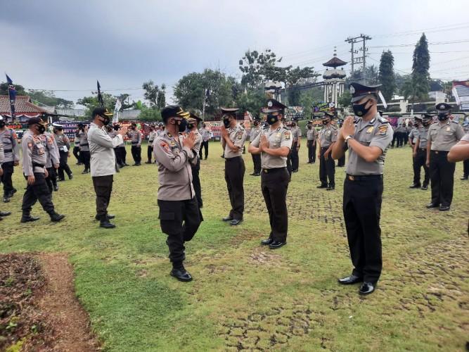 48 Personel Polres Lampura Naik Pangkat