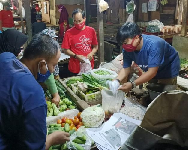 5,5 Persen Pedagang di Pasar Jakarta Positif Covid-19