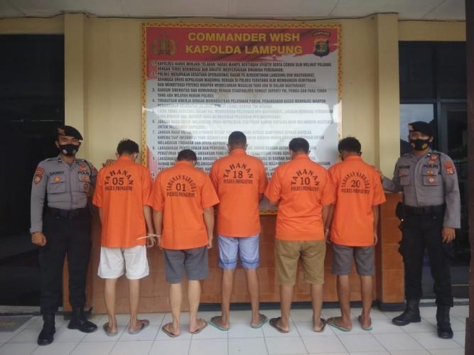 5 Orang Ditangkap Usai Pesta Sabu di Gudang Pemkab Pringsewu