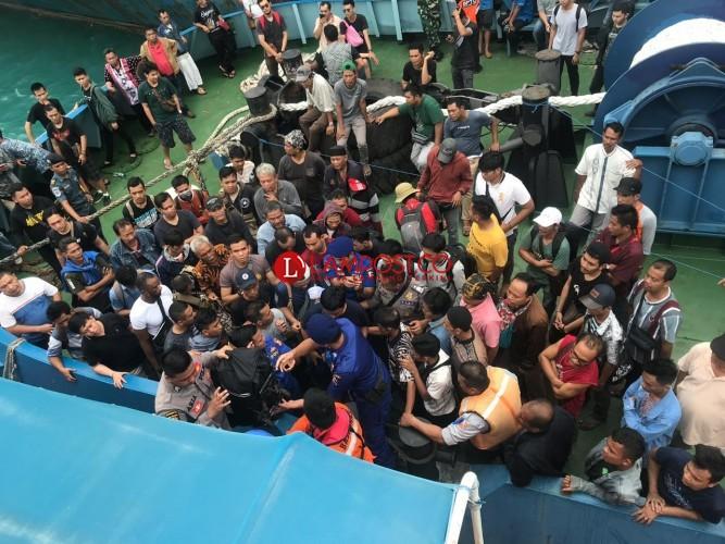 516 Penumpang Kapal Kandas Sudah Berhasil Dievakuasi