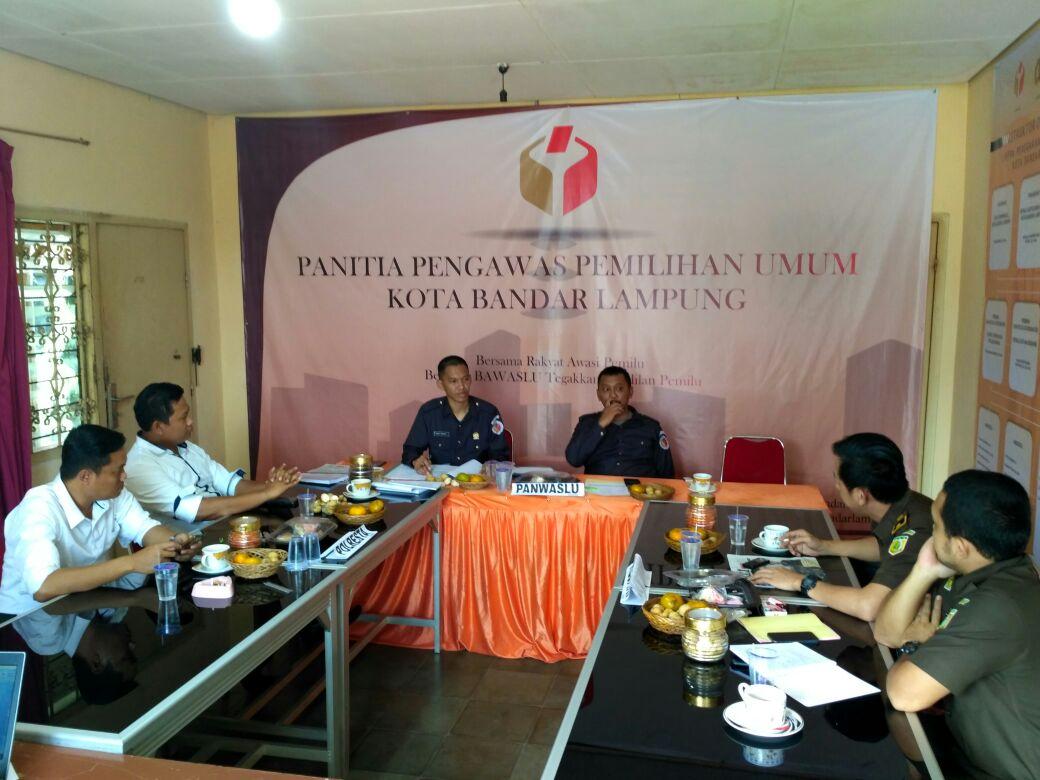 Panwaslu Bandar Lampung Putuskan Majelis Taklim Rakhmat Hidayat Tak Langgar Kampanye