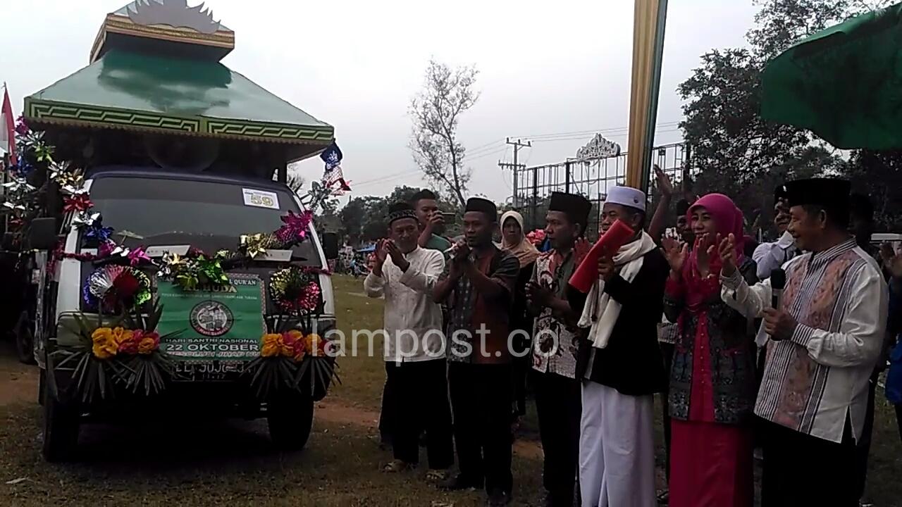 Fauzi Hasan Minta Santri Tidak Terlena dengan Kemeriahan Perayaan HSN