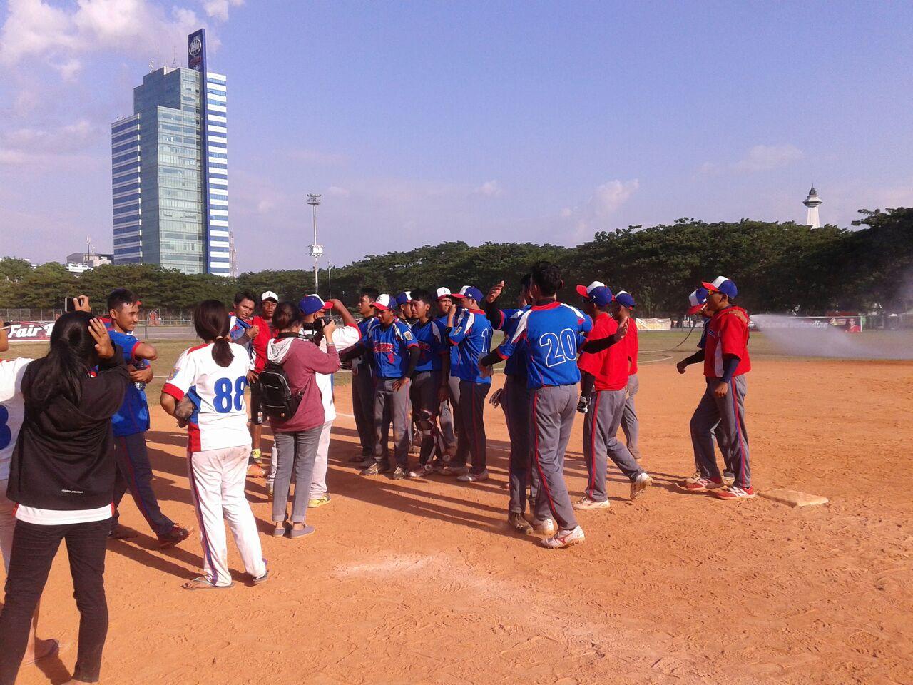 Sofbol Putra  Lampung ke Final