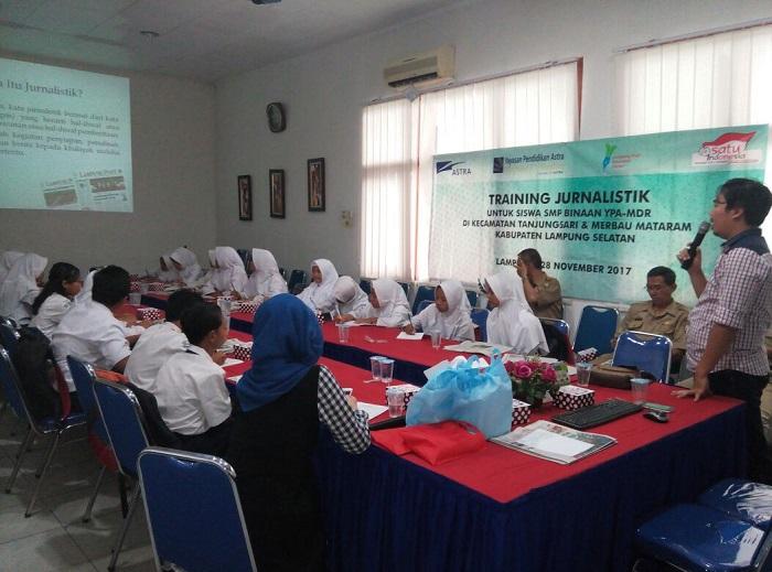 Siswa SMP Binaan YPA-MDR Ikuti Pelatihan Jurnalistik