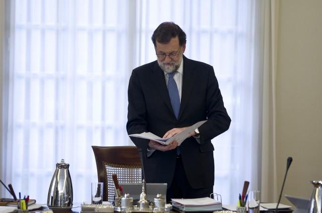 Ambil Alih Pemerintahan, Spanyol Pecat Seluruh Petinggi Catalonia