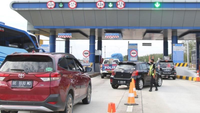 70.187 Kendaraan Keluar-Masuk JTTS Sepanjang Liburan