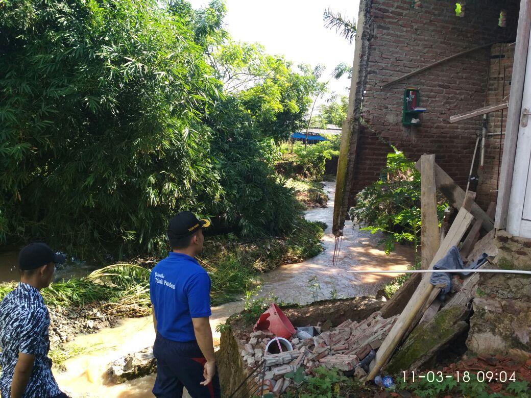 Terdampak Banjir, Tiga Rumah Rusak di Sukajaya, Lempasing