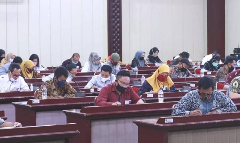 76 Orang Berebut Kursi KPID Lampung