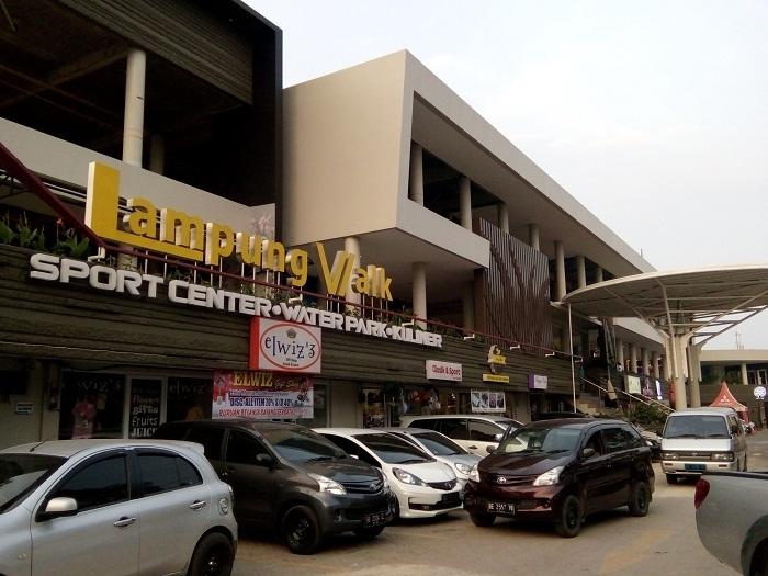 Bernostalgia, Lampung Walk Helat Event The 90's Night