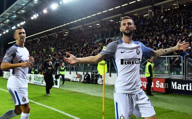 Inter Milan Puncaki Klasemen