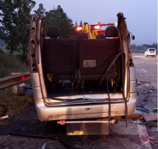 8 Orang Tewas dalam Kecelakaan Maut di Tol Cipali