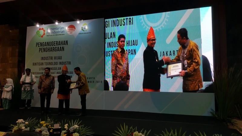8 Unit Industri PTPN7 Dapat Penghargaan Industri Hijau