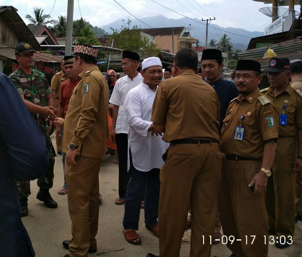Dendi Melayat ke Rumah Tokoh Masyarakat Dusun Rawa Subur