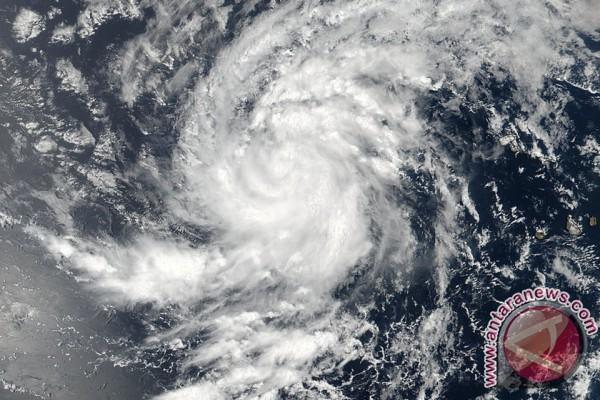 Kerugian Badai Irma di Prancis Capai Rp19 Triliun