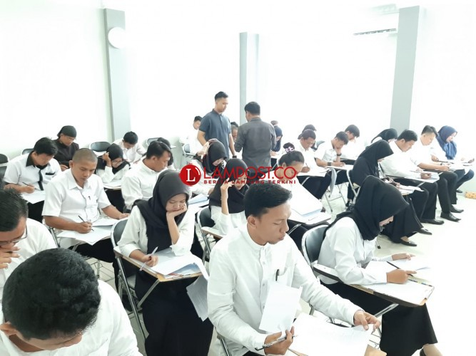 877 Calon PPS Bandar Lampung Ikuti Tes Tertulis