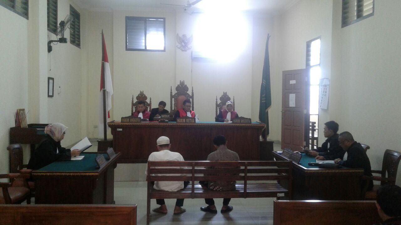 Tersandung Kasus ADD, Kades dan Sekdes Jadi Pesakitan