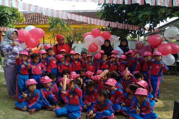 Mendidik Siswa melalui Keteladanan Guru