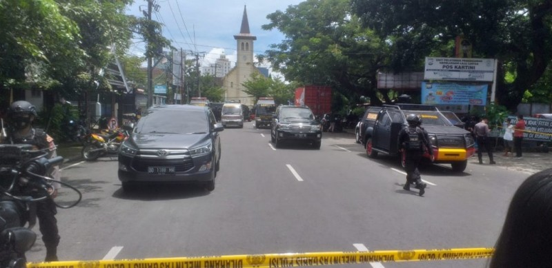 9 Orang Jadi Korban Ledakan Bom Bunuh Diri di Makassar