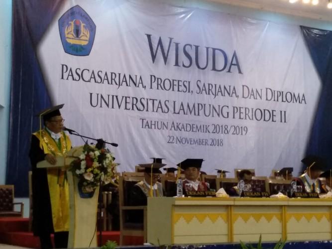 900 Lulusan Unila Ikuti Wisuda Periode November 2018