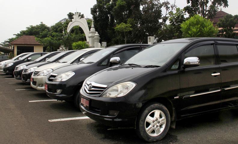 Marzani dan Edison Klaim Sudah Kembalikan Mobil Dinas DPRD Tubaba