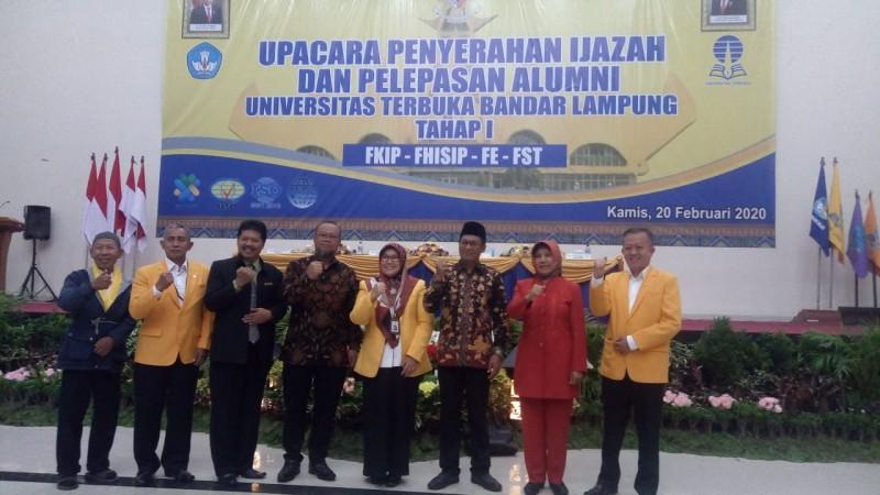 985 Lulusan Universitas Terbuka Dibekali Seminar Pendidikan-Toleransi