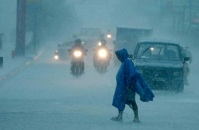 Lampung Diprediksi Diguyur Hujan Siang dan Malam Nanti