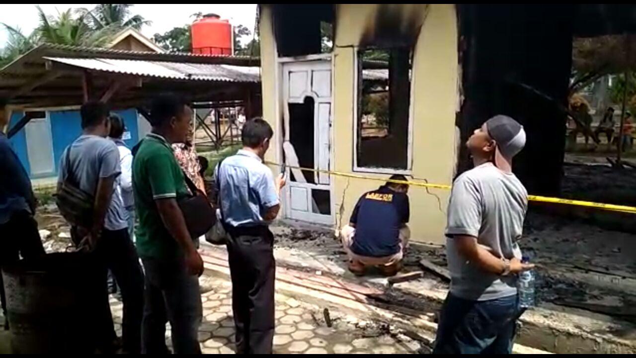 Kapolsek Tulangbawang Tengah Minta Masyarakat Tak Bersepekulasi Soal Kebakaran