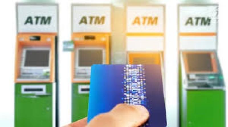 Abaikan Prokes, Sejumlah ATM di Bandar Lampung Tak Sediakan <i>Hand Sanitizer</i>