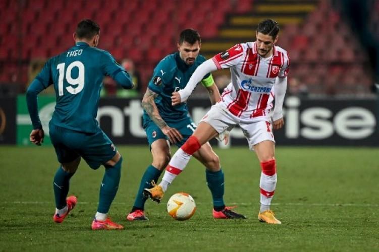 AC Milan Berbagi Poin dengan 10 Pemain Red Star