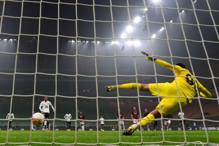 AC Milan Digilas Lille 3-0