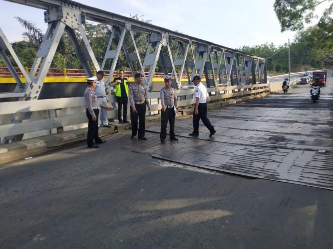 Ada Tujuh Titik Jalan Rusak Rawan Kecelakaan di Jalinteng Way Kanan
