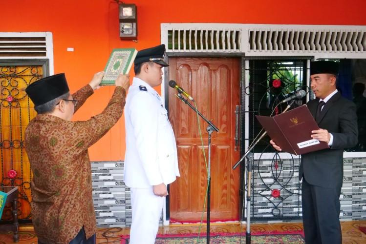 Adipati Lantik Kepala Kampung Tanjung Kurung Lama