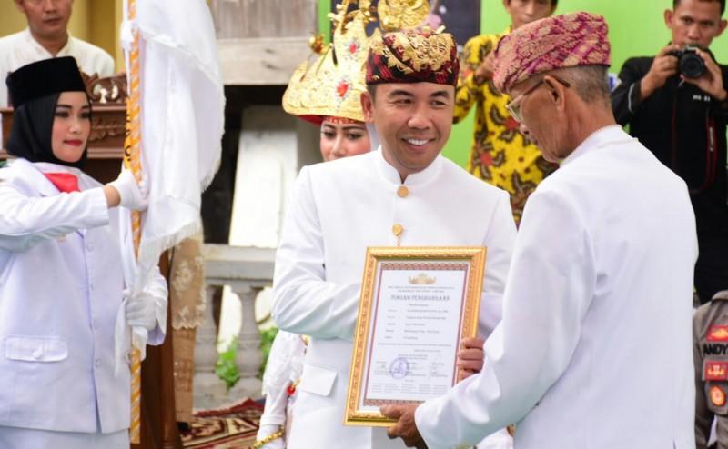 Adipati Sandang Gelar Pangeran Buay Pemuka Bangsa Raja