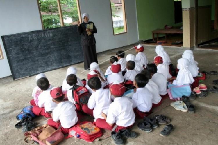 Agar Dapat Dana BOS, Sekolah Minim Siswa di Lamsel akan Dimerger