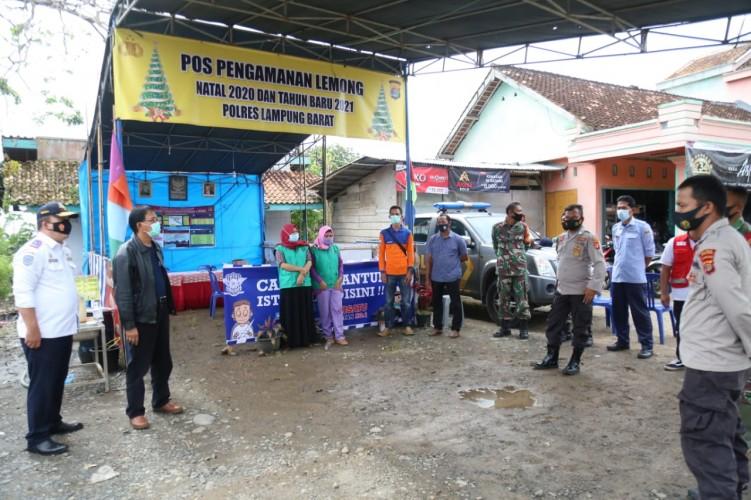 Agus Istiqlal Tinjau Posko Nataru di Perbatasan Lampung-Bengkulu
