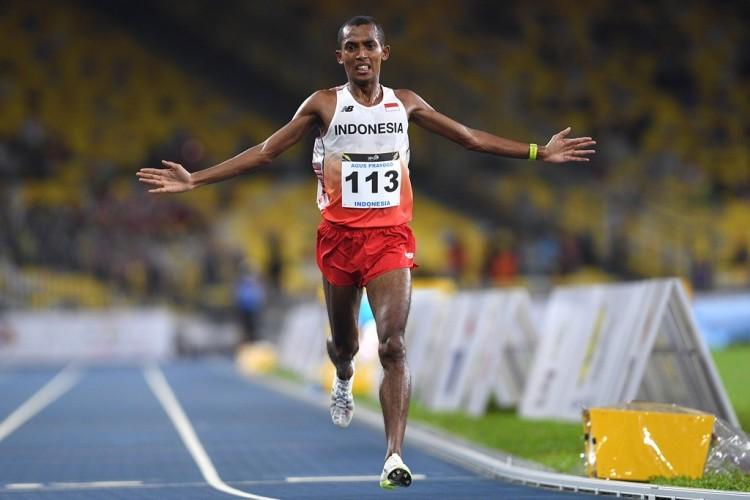 Agus Prayogo Sumbang Emas di Nomor Marathon Putra