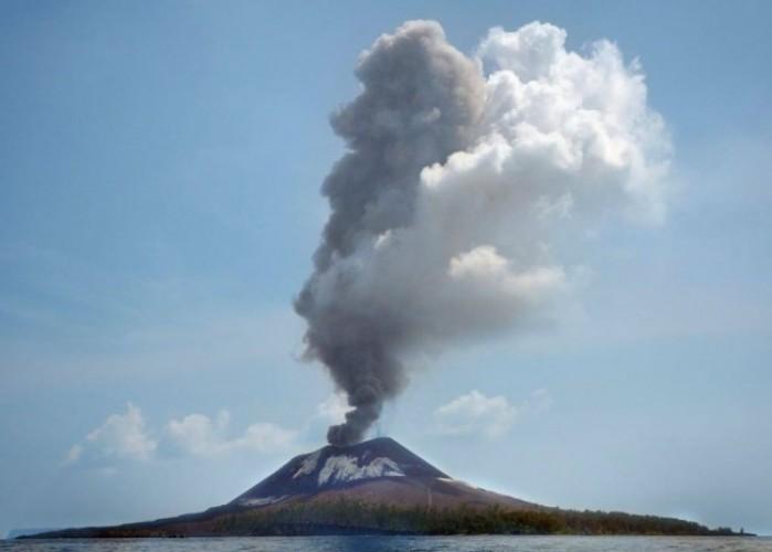 Ahli: Dentuman di Jabodetabek Berpotensi Dari Gunung Anak Krakatau