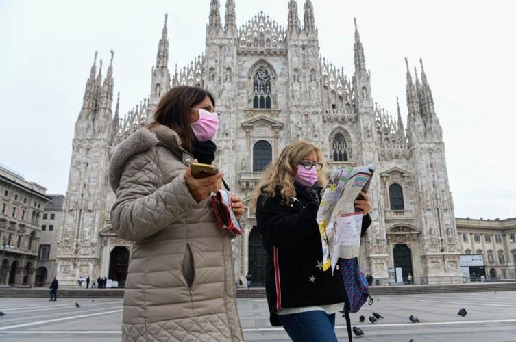 Ajak Jalan Kura-Kura saat Lockdown, Wanita Italia Dikenai Denda