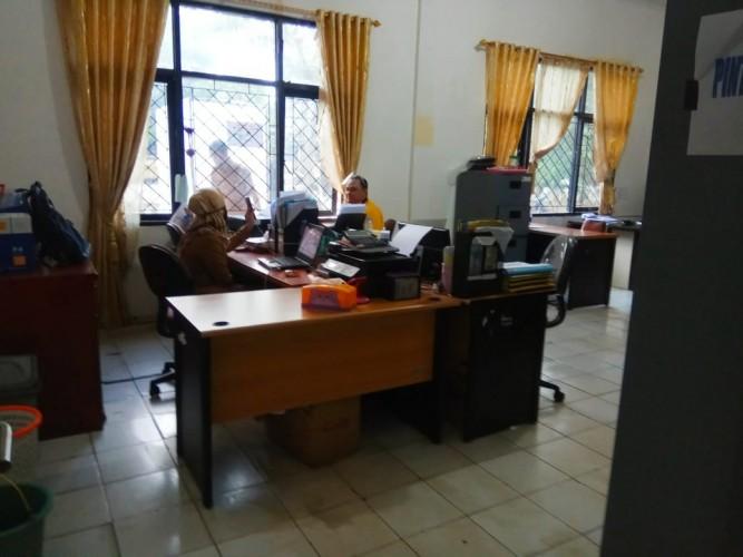 Aktivitas Kantor Bupati dan Dinas PUPR Lamsel Pasca Penggeledahan KPK