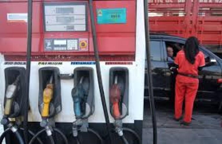 Alasan Pertamina Tak Kunjung Turunkan Harga BBM