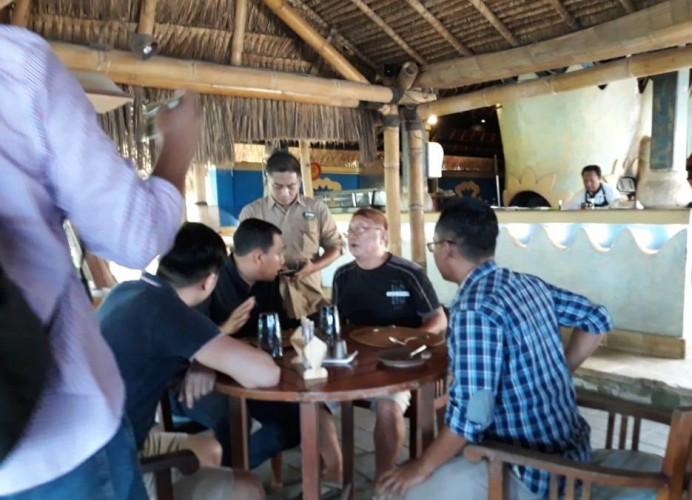 LAMPOST TV:Alay Tripanca Ditangkap di Bali SaatBersama Keluarga