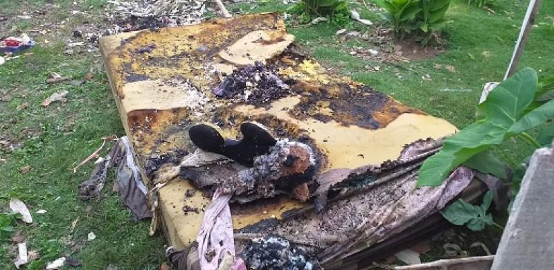Anak Bermain Korek Api Bikin Rumah Terbakar