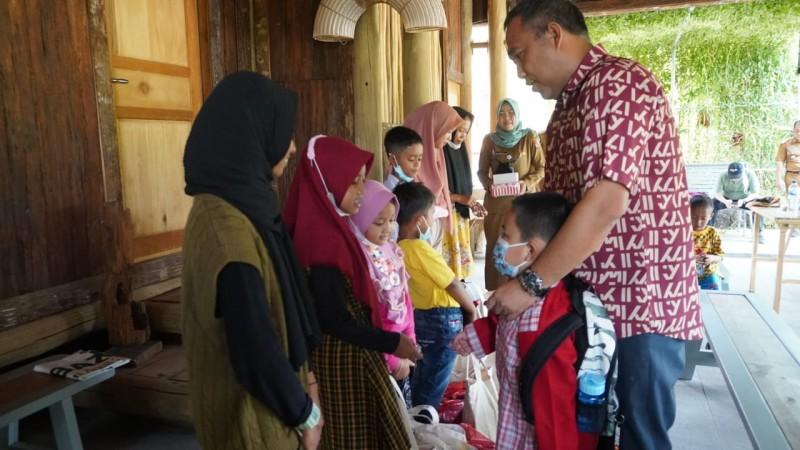 Anak Yatim Piatu Dampak Covid-19 Terima Bantuan Baznas Tubaba