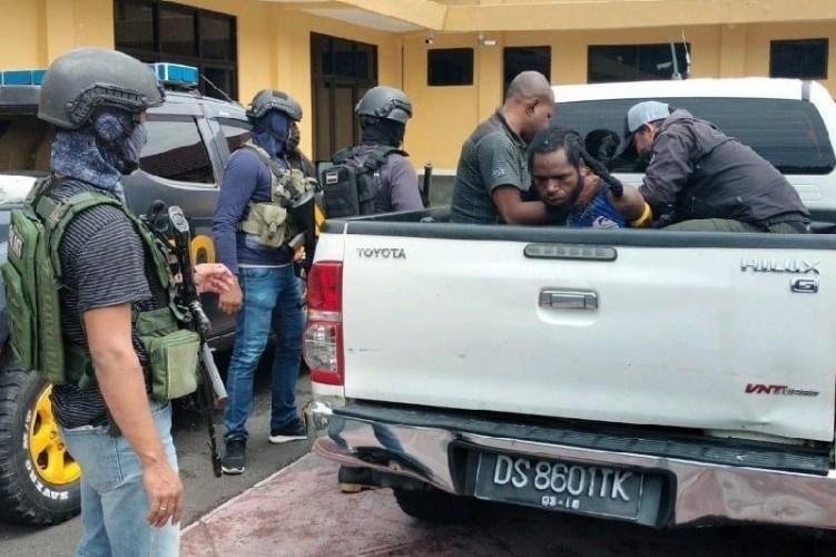 Anggota KKB Penembak Letda Inf Amran Blegur Ditangkap