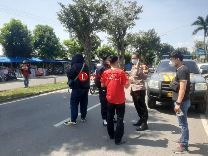 Anggota TNI dan Istri Ditembak Orang tak Dikenal di Wayhalim