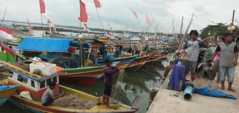 Angin Kencang, Nelayan di Lamsel Enggan Melaut