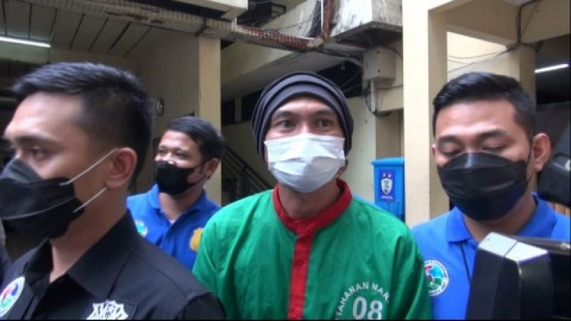 Anji Jalani Rehabilitasi di RSKO Jakarta