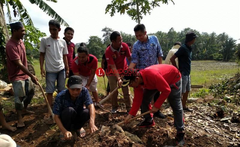 Antisipasi Bencana, Enam Desa di Penengahan Bersihkan Saluran Air