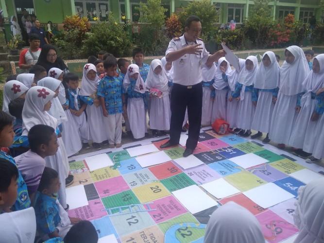 Aqua Kampanyekan Keamanan Jalan Raya Kepada Pelajar SD