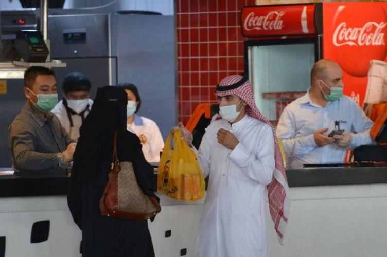 Arab Saudi Larang Buka Puasa Bersama di Restoran hingga Masjid